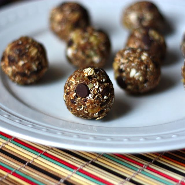 No-Bake Oatmeal Chia Chocolate Chip Cookie Balls (Vegan and Gluten ...