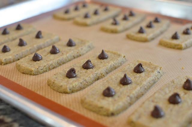 ButterYum: Pistachio Shortbread | Delish Desserts | Pinterest