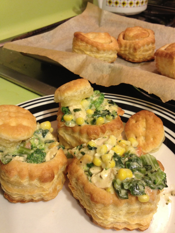 Puff pastry with chicken veggie Alfredo | What's Cookin', Mama?! | Pi...