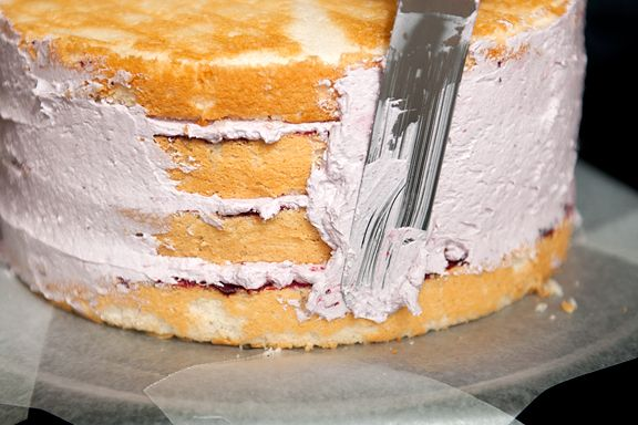 blackberry lemon elderflower cake | cake recipes to try | Pinterest