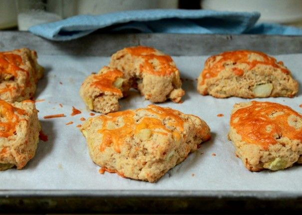 apple cheddar scones | recipes to try | Pinterest