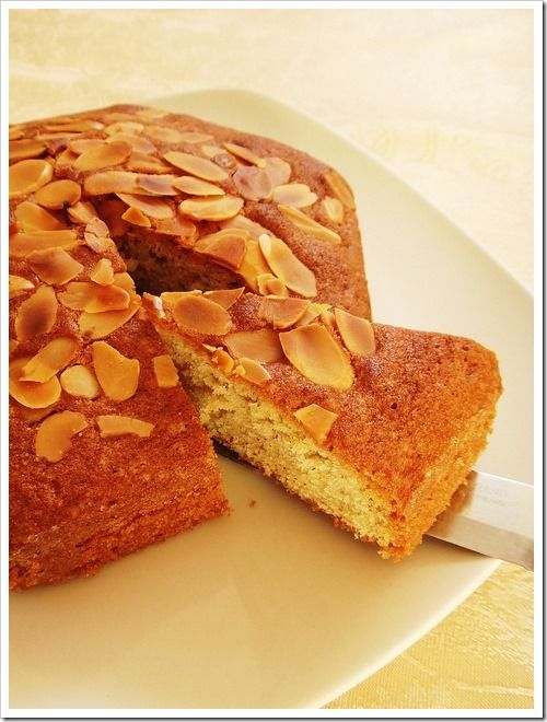 almond butter cake | Cakes and frostings | Pinterest
