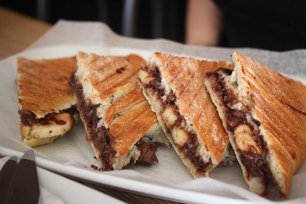 Banana & Nutella in a panini | y u m m y s t u f f ♥ | Pinterest