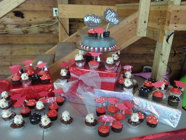Graduation Cupcakes | Grad Decor Ideas | Pinterest