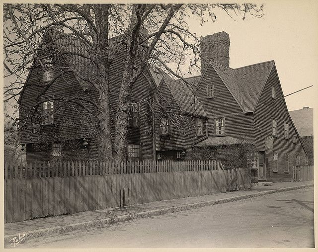 house of seven gables Project gutenberg's the house of the seven gables, by nathaniel hawthorne this ebook is for the use of anyone anywhere at no cost and with almost no restrictions whatsoever.