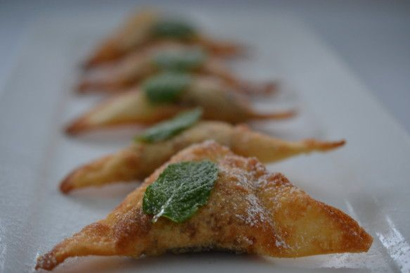 Chocolate wontons | Desserts! | Pinterest