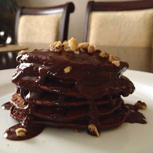 sarah_livefit | 🔅Brownie Batter Protein Pancakes🔅 Wow. That's ...
