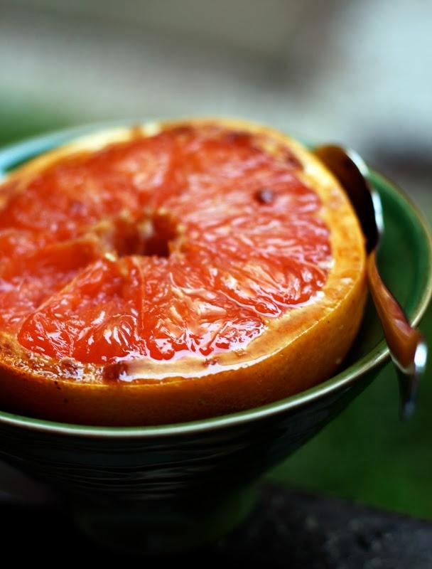 ZOE: Sugar-Broiled Grapefruit