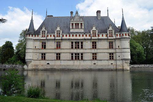 Ch teau d 39 azay le rideau european castles pinterest - Restaurant les grottes azay le rideau 37 ...