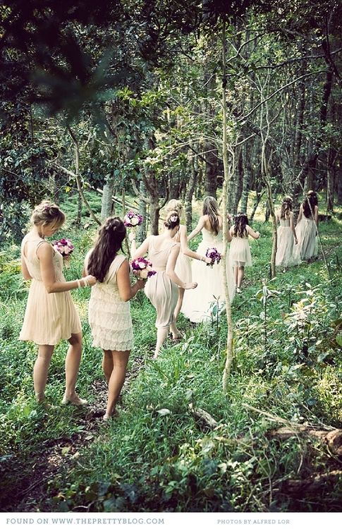 niiiice....everyone wearing light-coloured dresses, in lace or vintage-y feel, barefoot or with sandals, loose hair with some wildflowers... :-)