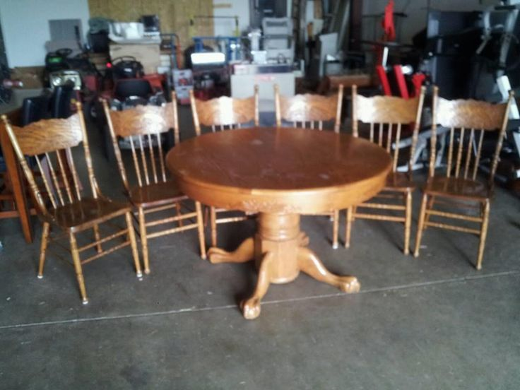 Round kitchen table 6 chairs for Table 6 kitchen canton ohio