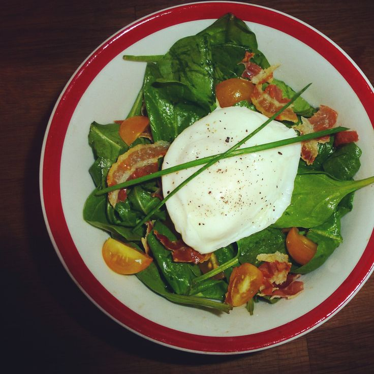 BLT #Salad with a Poached Egg. Simple, healthy and delicious!