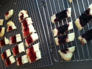 Split Second Jam Cookies | Yummy Yums | Pinterest