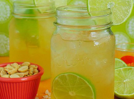 mint mojitos, sparkling pineapple mint juice, peach lemonade