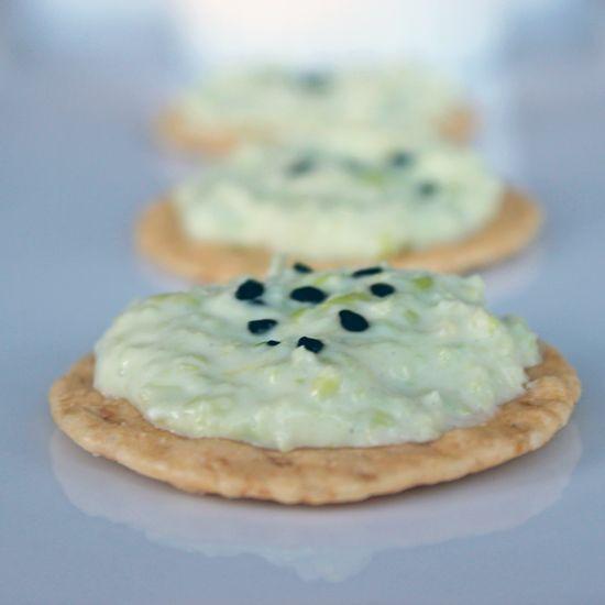 Vegan snack idea: soy-wasabi-edamame spread with black sesame seeds