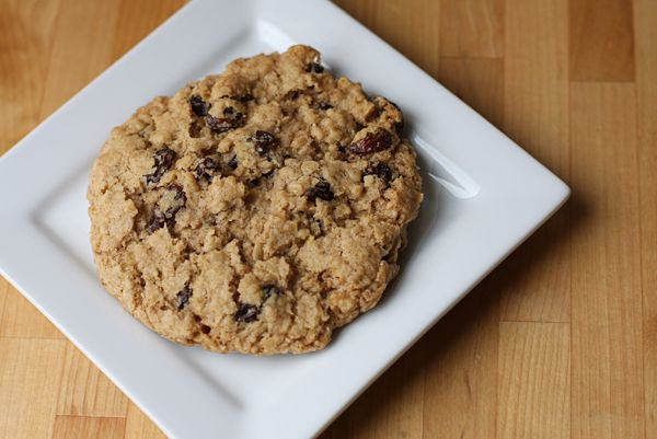 giant, coffee-shop style, thick & chewy oatmeal raisin cookies