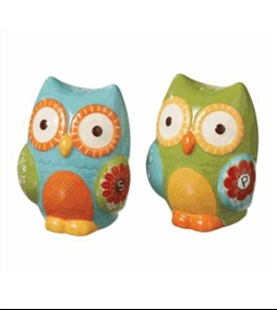 Salt & Pepper Owls. I want these!