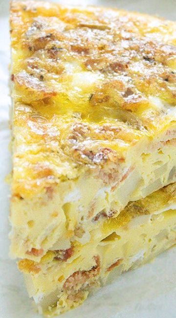 Potato Bacon Egg Breakfast Casserole ~ A delicious potato bacon egg ...