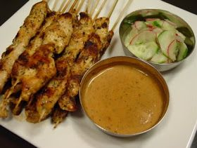 Cavegirl In The Kitchen: Satay Chicken Skewers with Peanut Sauce
