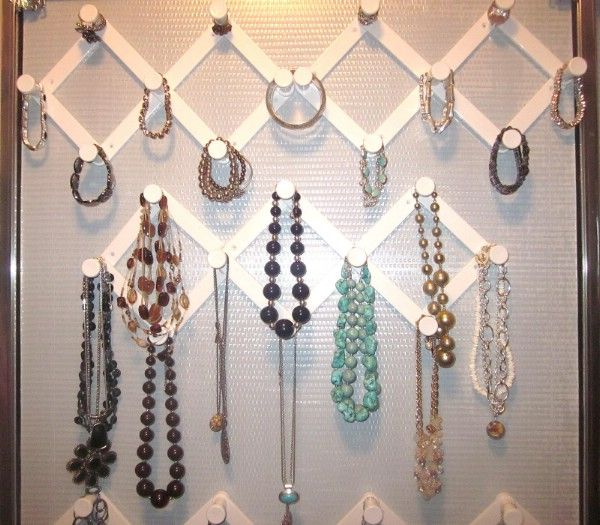 If you want a cheap, and very effective, way to organize jewelry, accordion hooks are a great choice. You just attach them to the wall and then you can use them to keep necklaces, bracelets and other jewelry items organized. They work great because they keep chains from becoming tangled and they look really nice on the wall. Plus, they are really inexpensive