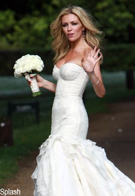 Meanwhile abbey clancy wore giles for Giles deacon wedding dresses