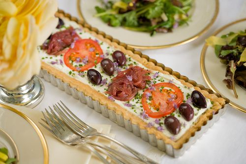 Goat Cheese and Tomato Tart | Finger Foods and Snacks | Pinterest