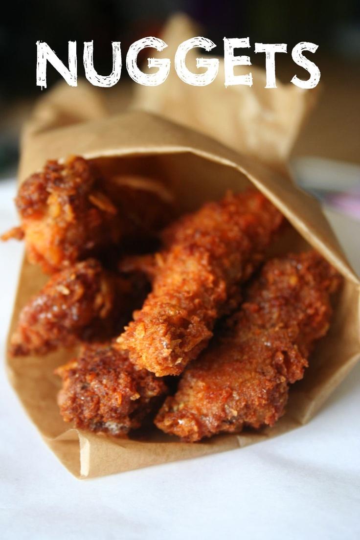 Crispy chicken nuggets | Burger & Fries. | Pinterest