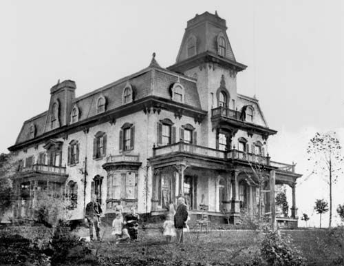 Gambrill house frederick md f r e d e r i c k m d for Victorian house facts