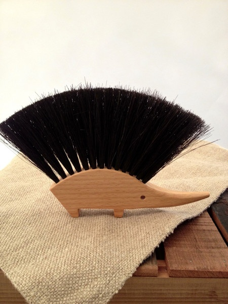 how to clean out a coarse hair brush