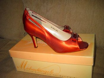 burnt orange wedding | Burnt orange heels