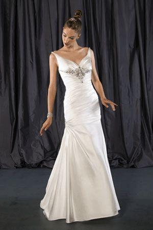Spanish wedding dress designers weddings dresses hair for Wedding dresses spanish designer