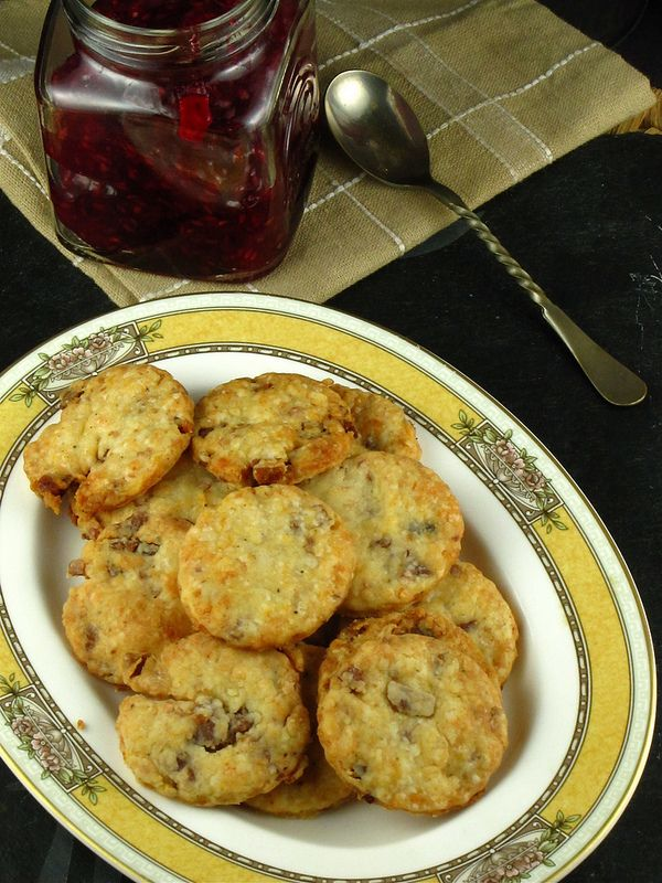 Bacon Parmesan Crackers | Recipe