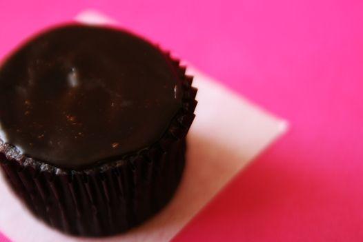 Easy Chocolate Ganache Recipe | How To Make Ganache | Ganache Frosting ...