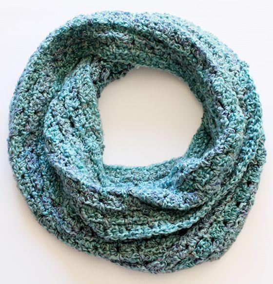 Crochet Tutorial Infinity Scarf : Infinity scarf