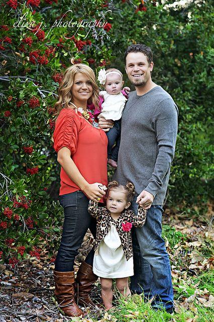 Family of 4 pose photo ideas pinterest for Family of four photo ideas