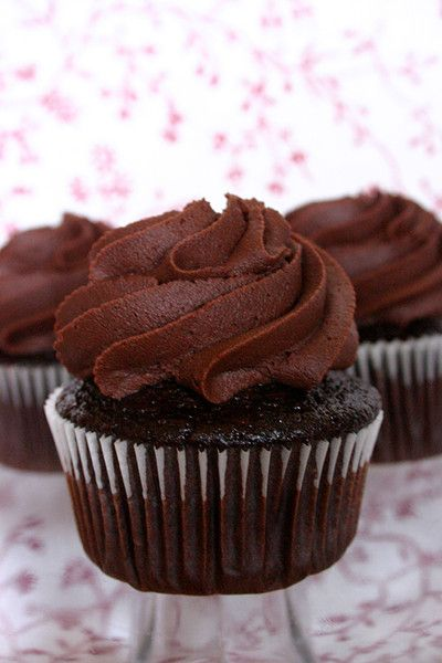 Dark Chocolate Cupcakes | Chocolate | Pinterest
