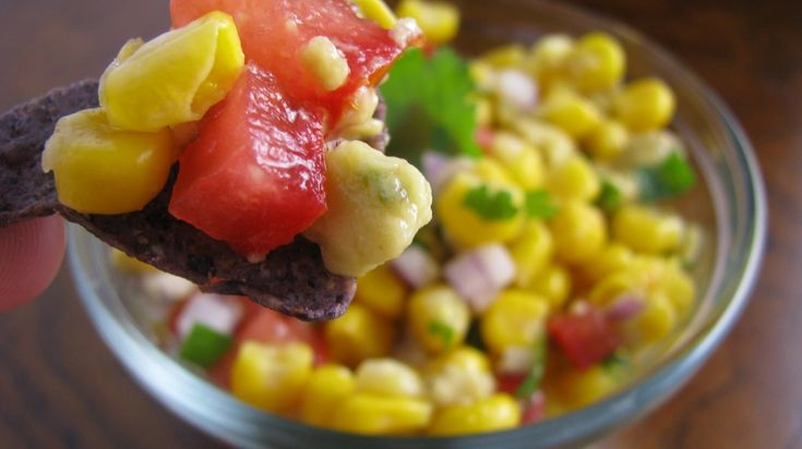 Clean Eating * Delicious Sweet Corn and Avocado Salsa..... Serve with ...