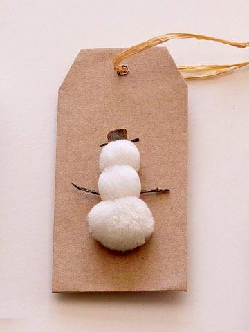 pom pom snowman gift tag