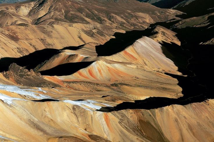 Andes cordillera between Cuzco and Arequipa, Peru © Yann Arthus-Bertrand
