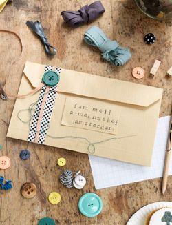 #DIY #envelope #present - zelfmaakidee: #envelop #cadeau - kijk op: www.101woonideeen.nl