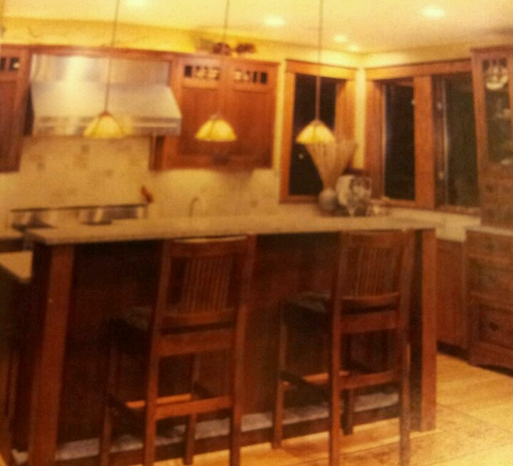Mission Style Kitchen Cabinets Love The Cabinet Style And Different