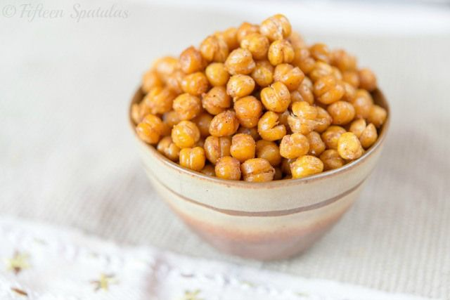 Crispy Oven Roasted Chickpeas Recipe | Recipes to Try: Snacks and Sid ...