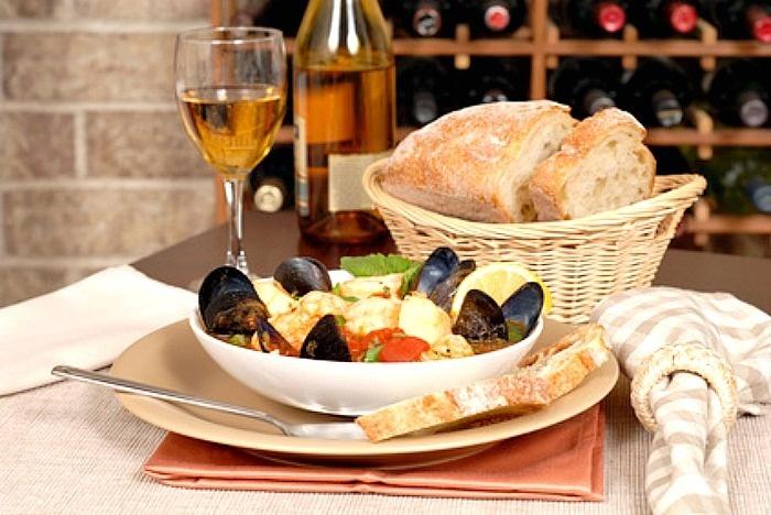 Basics of Italian Wine and Food Pairings | Wine and Dine ...