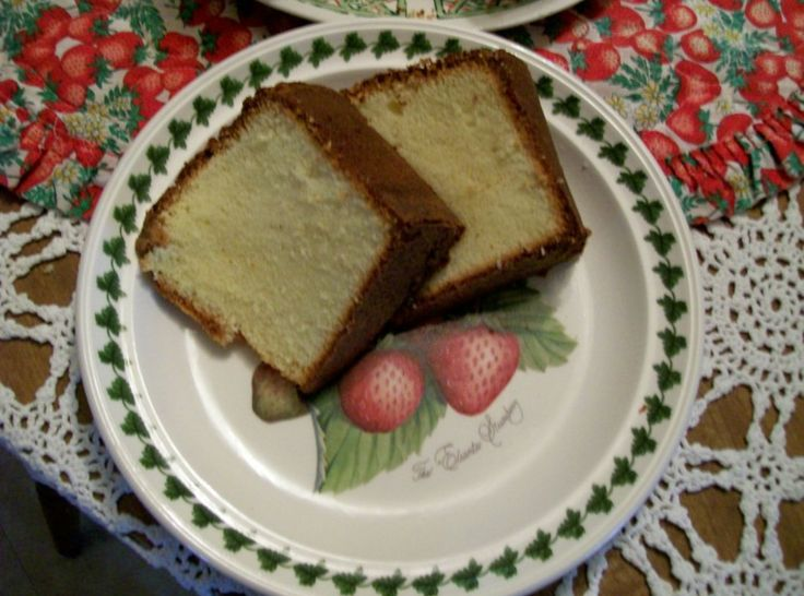 Elvis Presley's Favorite Whipping Cream Pound Cake By Freda Photo