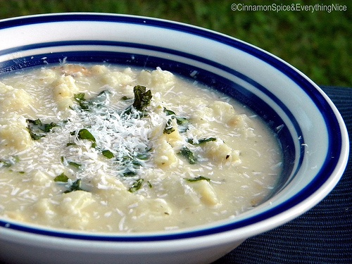 White Bean, Cauliflower and Bacon Soup
