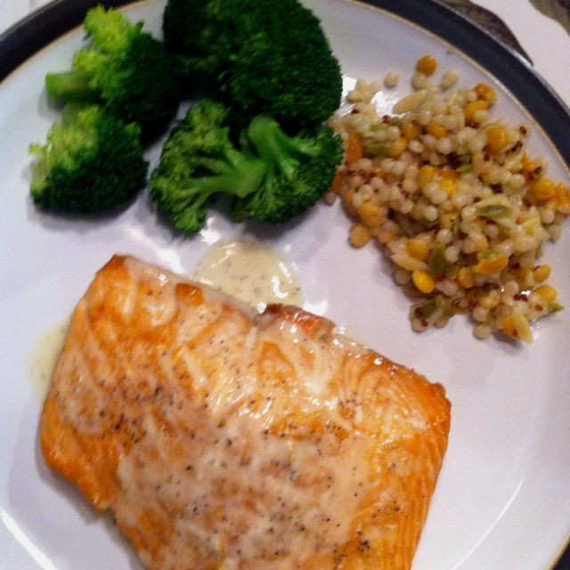 Grilled-Salmon-with-Lime-Butter-Sauce-1222181. Harvest grains from