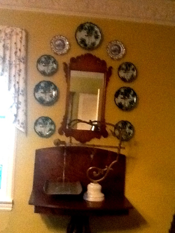 Decorating With Antiques Entrancing With Decorating with antiques | For the Home | Pinterest Pictures
