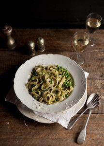 pasta with creamy basil pesto and peas   Food - Recipes, Nutrition ...