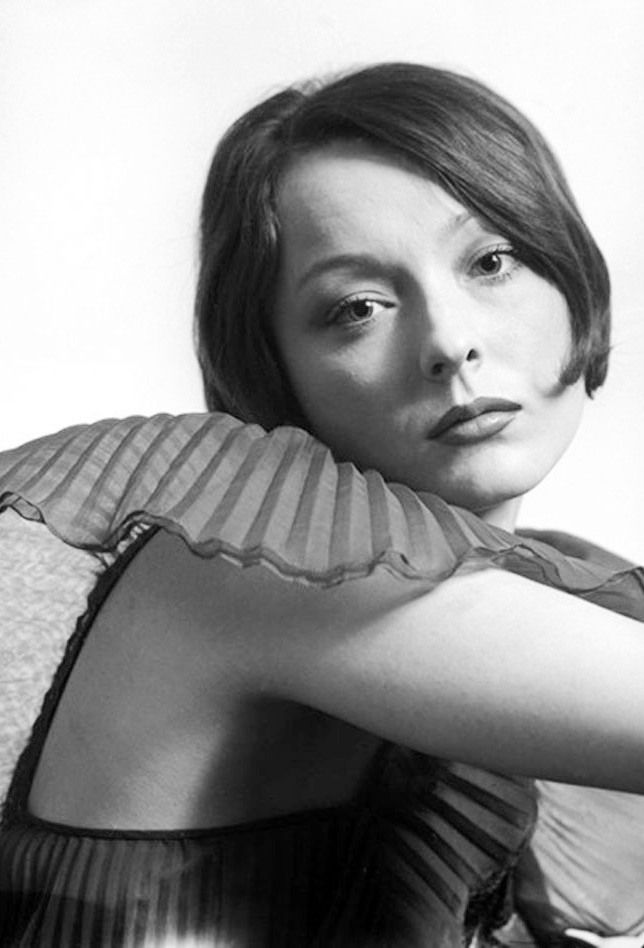 Анастасия Вертинская актер