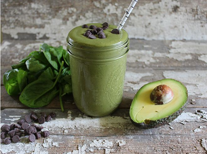 A Stripped Smoothie | Mint Chocolate Chip. A smoothie rich in nutrients, fiber, protein, and healthy fats with the sweet flavor of mint chocolate chip. #vegan #avocado #smoothie #greensmoothie #avocadodessert #breakfast #glutenfree #dessert